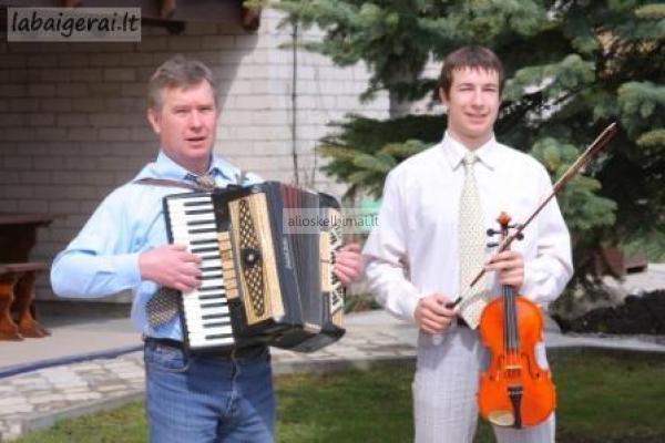 Muzikantai-alioskelbimai