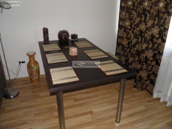 stalas-alioskelbimai