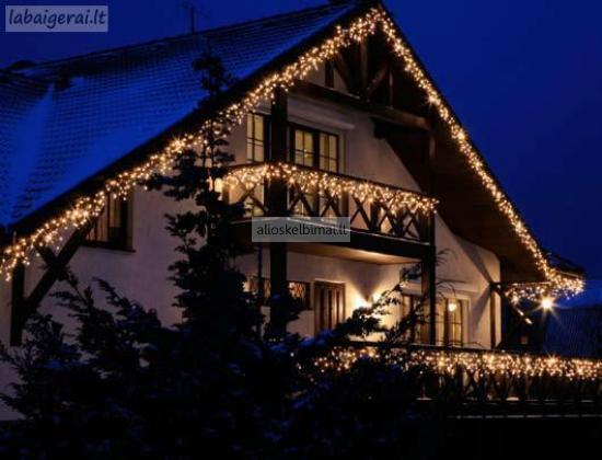 Kalėdinis dekoratyvinis apšvietimas-alioskelbimai