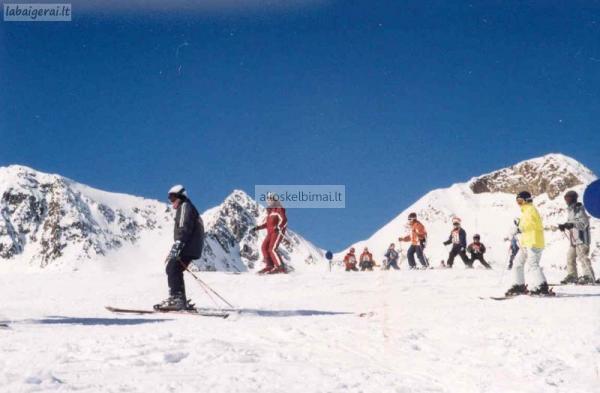 Slidinėjimas Šveicarijos Alpėse Davos - Klosters kalnų kurorte - viešbutis Bad Serneus