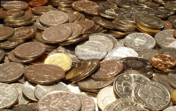 Superkame senas monetas, zaislus, ordinus, baldus-alioskelbimai