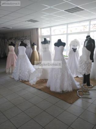 vestuvine apranga-alioskelbimai