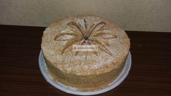 Naminiai tortai-alioskelbimai